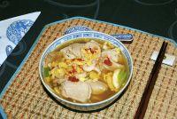 Bun Thang (Gemischte Nudelsuppe)